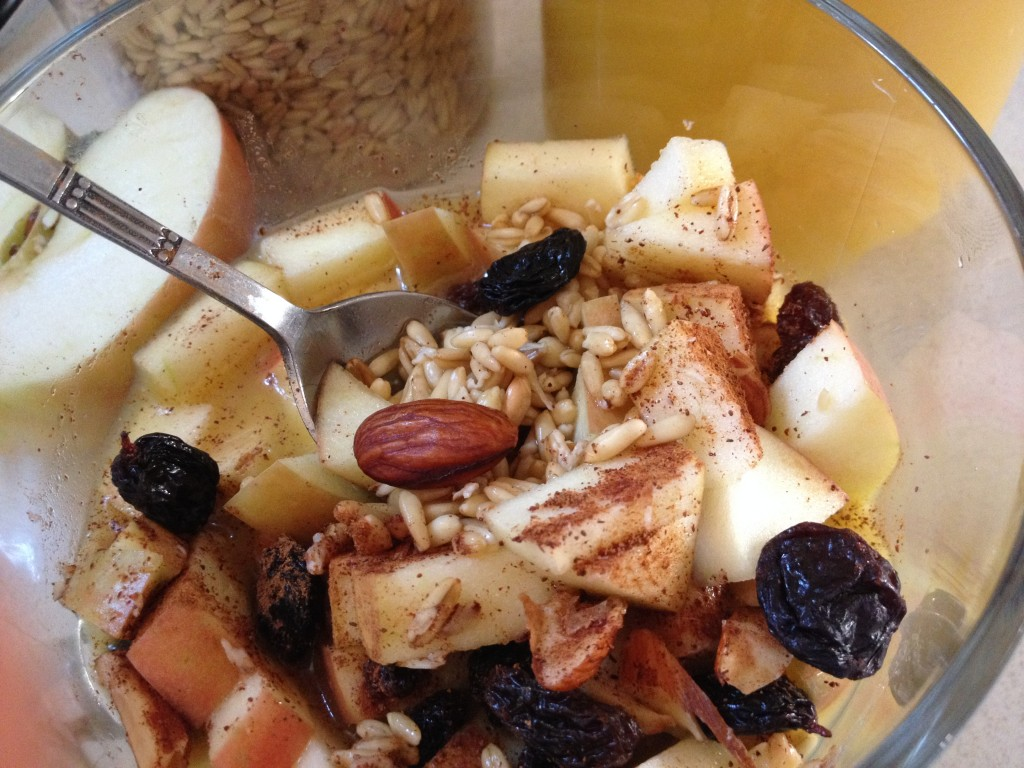 Raw Oats and Fruit Breakfast Bowl