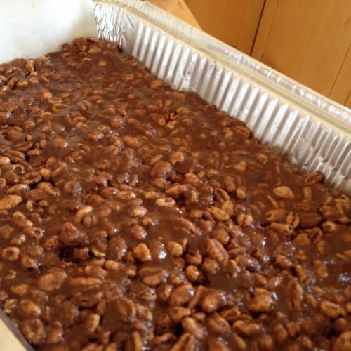 Puffed Grain Chocolate Peanut Butter Bars